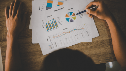 Como a taxa Selic influencia nos seus investimentos