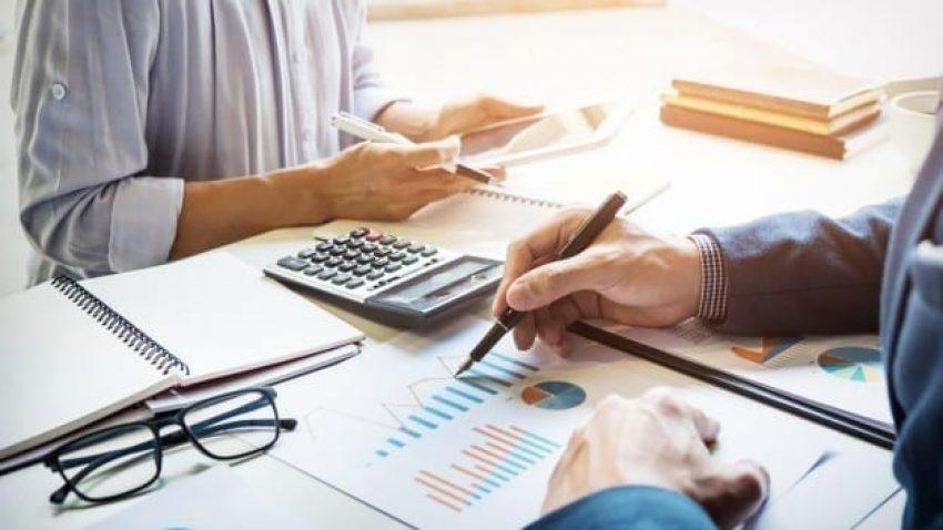 Como pagar menos taxas e tarifas bancárias