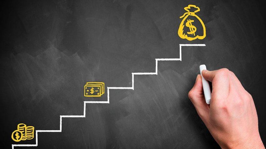 Como administrar meu dinheiro sem precisar ser um profissional de finanças?