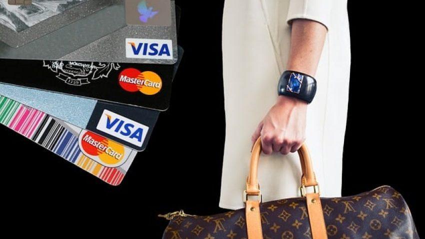 Cartão de crédito consignado: o que é e como funciona