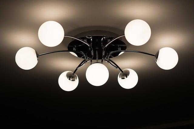 Conta de luz mais cara em maio: como economizar