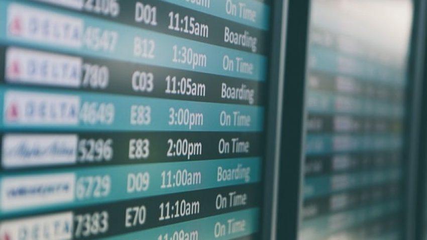 Estratégias para conseguir viajar barato em julho