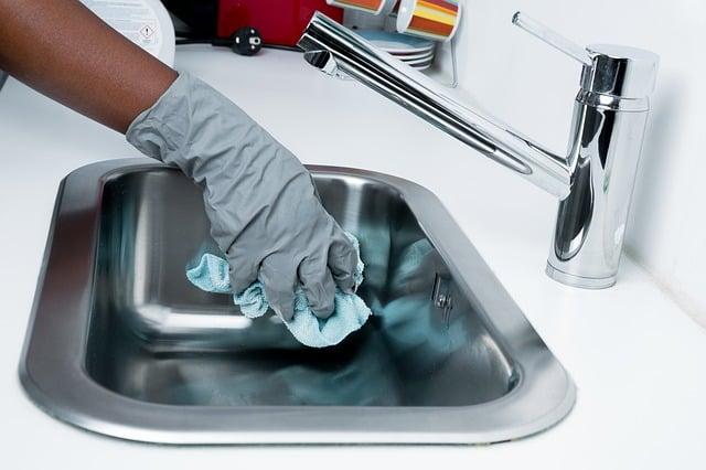 Economizar na limpeza da casa
