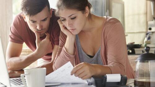 Pagar dívidas: vale a pena vender bens para quitá-las?