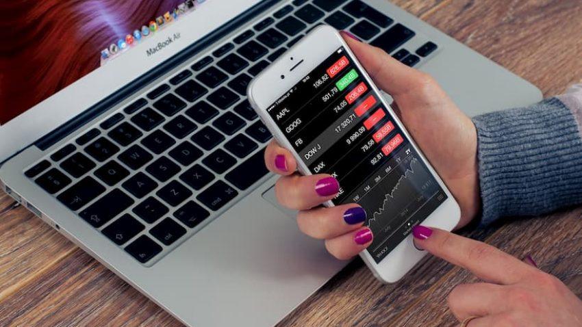 Conheça os 2 tipos de investimentos que existem no mercado financeiro