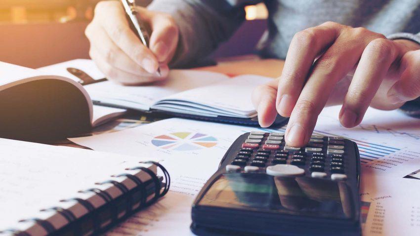 O que é benchmark no mercado financeiro? Como usá-lo?